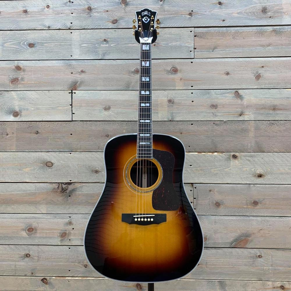 Guild D-55 Antique Burst